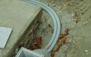 Pozzetto per idratazione terereno contro crepe nei muri