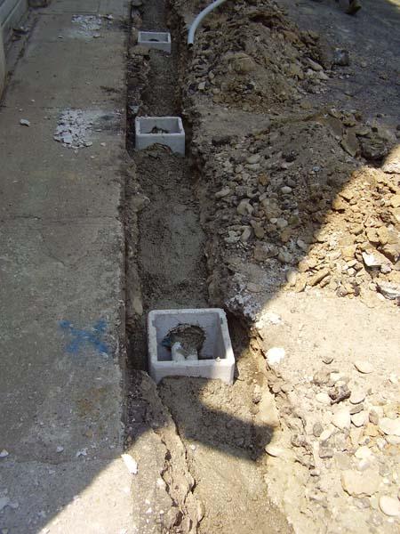 Pozzetto per impianto crepe muri c b s srl for Resina per crepe nei muri